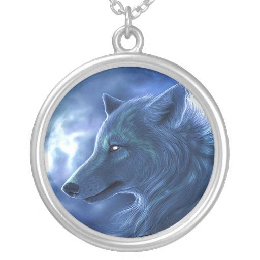 Collar azul místico de plata del lobo de NecklaceS