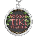 Collar clásico del logotipo de Tiki del vudú