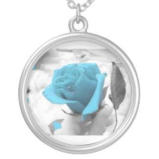 collar color de rosa azul beacutiful