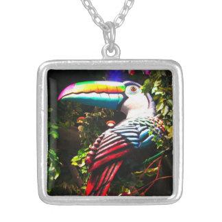 Collar colorido de Toucan