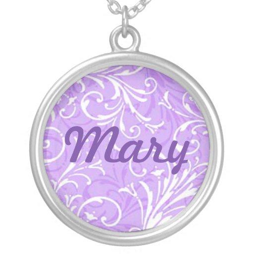 Collar conocido ornamental púrpura