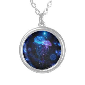 Collar cósmico de las medusas