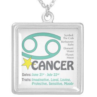 Collar cuadrado de los rasgos del cáncer