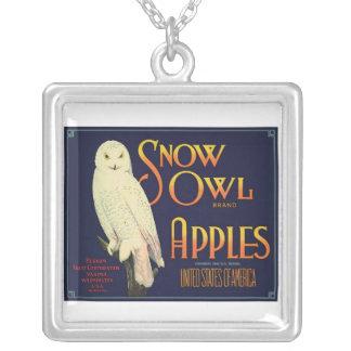 Collar de Apple del búho de la nieve