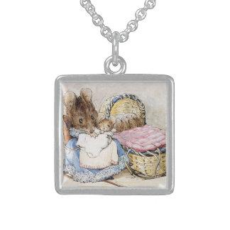 Collar de Beatrix Potter Hunca Munca