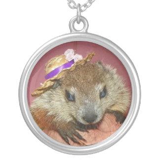 Collar de Clara de la marmota del bebé