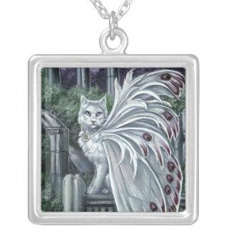 Collar de hadas blanco del gato de la belladona