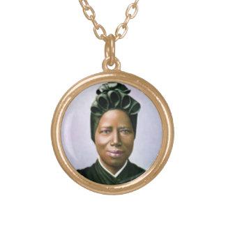 Collar de Josephine Bakhita del santo