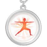 Collar de la actitud de la yoga (actitud del guerr