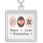 Collar de la amistad del amor de la paz