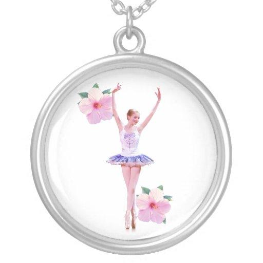 Collar de la bailarina y del hibisco