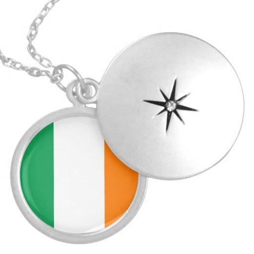 Collar de la bandera de Irlanda