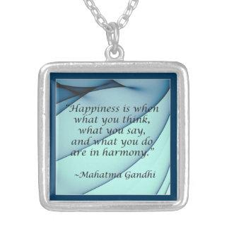 Collar de la cita de Gandhi de la armonía de la fe