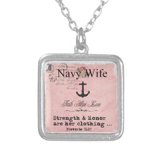 Collar de la esposa de la marina de guerra