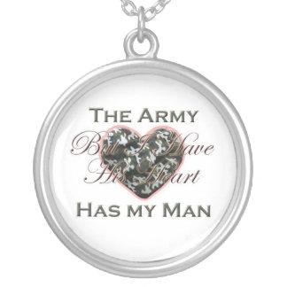 Collar de la esposa del ejército