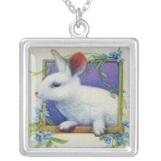 Collar de la imagen del conejo del vintage