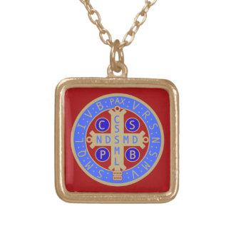 Collar de la medalla del St. Benedicto