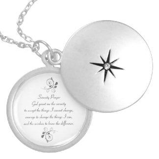Collar de la plata del rezo de la serenidad
