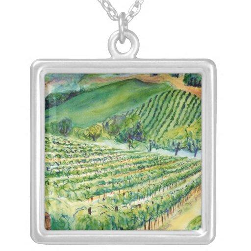 Collar de la plata del viñedo de California