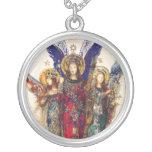 Collar de la plata esterlina del trío del ángel