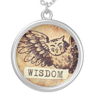 Collar de la sabiduría del búho redondo