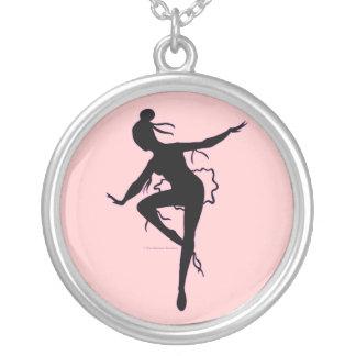 Collar de la silueta de la bailarina de Prima