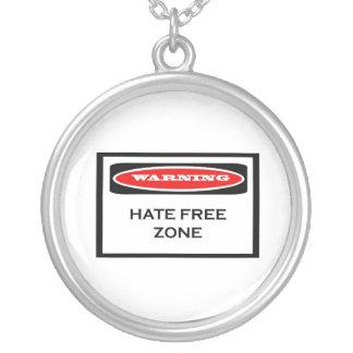 Collar de la zona franca del odio