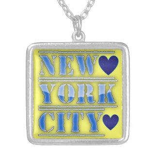 Collar de los corazones de New York City