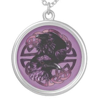 Collar de los cuervos de Odin