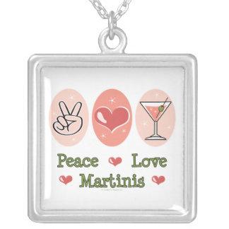 Collar de los martinis del amor de la paz