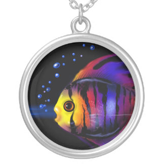 Collar de los pescados de arco iris