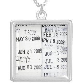 Collar de los sellos de fecha de la biblioteca