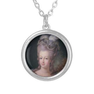 Collar de Marie Antonieta, redondo
