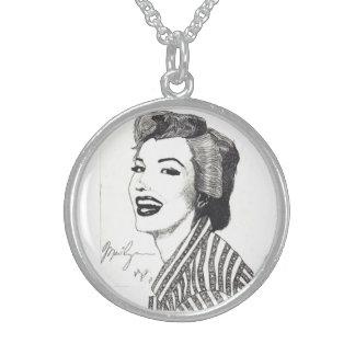 Collar de Marilyn - cinco