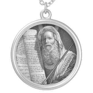 """Collar de """"Moses y de los diez mandamientos"""""""