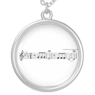 Collar de no. 5 de la sinfonía de Beethoven