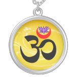 Collar de OM Lotus - regalos de la yoga