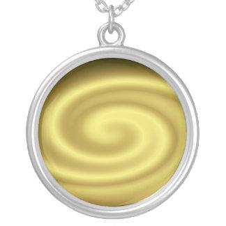 Collar de oro de la onda