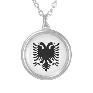 Collar de plata dirigido doble de Albania Eagle