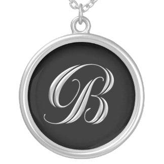 Collar de plata inicial del monograma de B