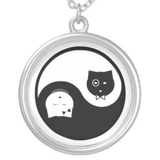 Collar de Yin Yang de los gatitos de los