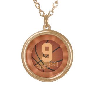 Collar del baloncesto del oro con el número para e
