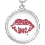 Collar del beso del vampiro