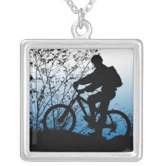 Collar del Bicyclist de la montaña