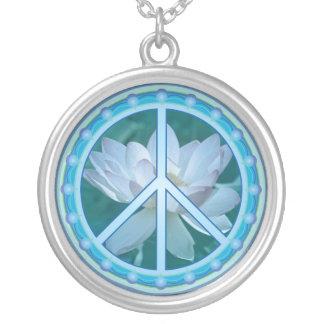 Collar del círculo de la paz con Lotus