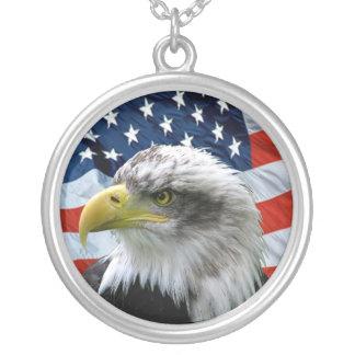 Collar del colgante de la bandera americana de Eag