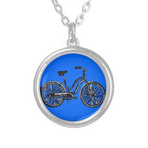 Collar del colgante del dibujo lineal de la bicicl