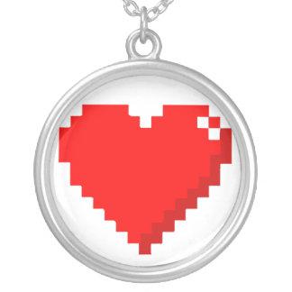 collar del corazón 8bit