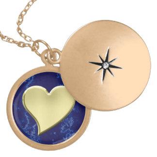 Collar del corazón de oro