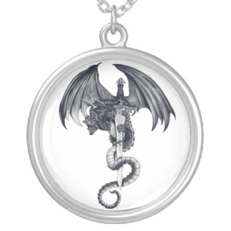 Collar del dragón y de la espada